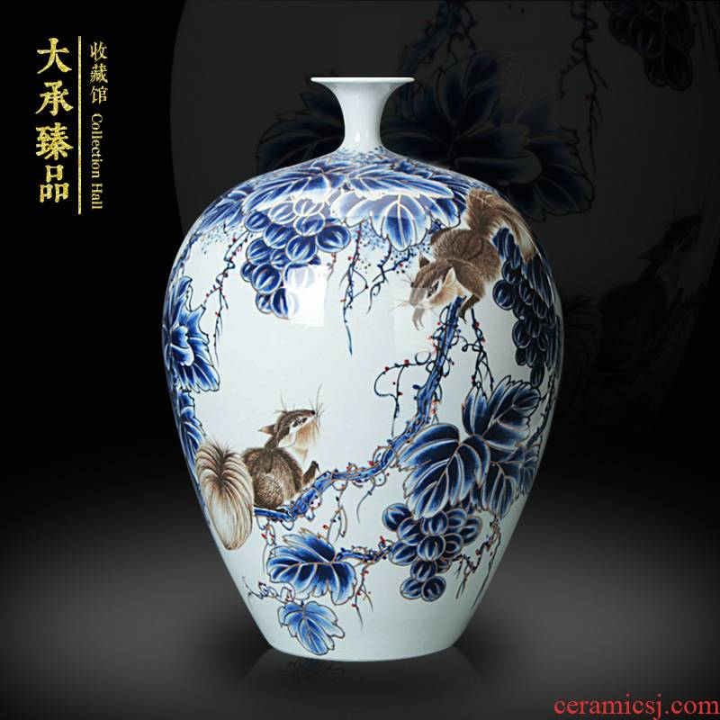 Jingdezhen ceramics by hand the see colour gold rat prosperous wealth small expressions using of blue and white porcelain vase collection handicrafts