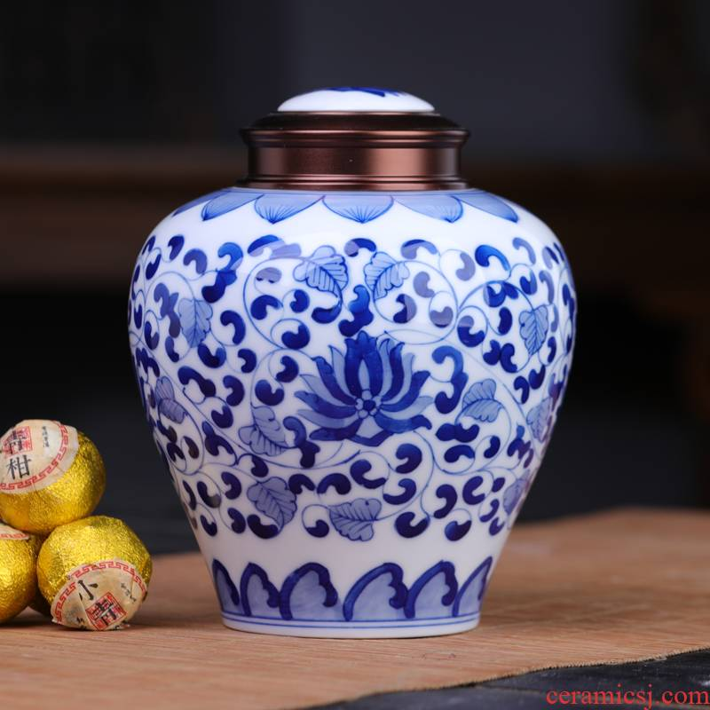 Blue and white tie up lotus flower ceramic tea pot seal moisture large vintage pu - erh tea warehouse home tea pot