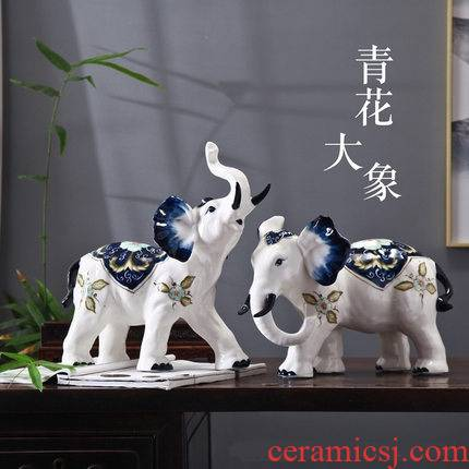 Blue and white porcelain ceramic like household act the role ofing is tasted furnishing articles home furnishing articles furnishing articles household ceramics handicraft ornament to the living room
