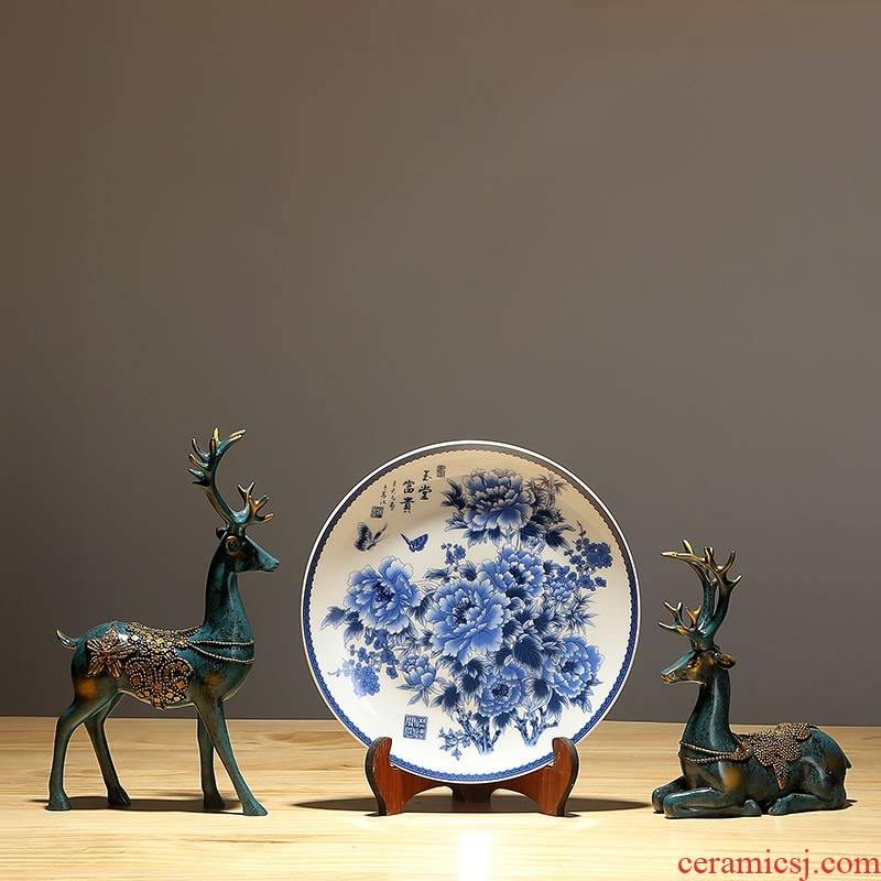 Blue and white porcelain peony hang dish Chinese penjing Chinese porcelain dish jingdezhen ceramics decoration paintings