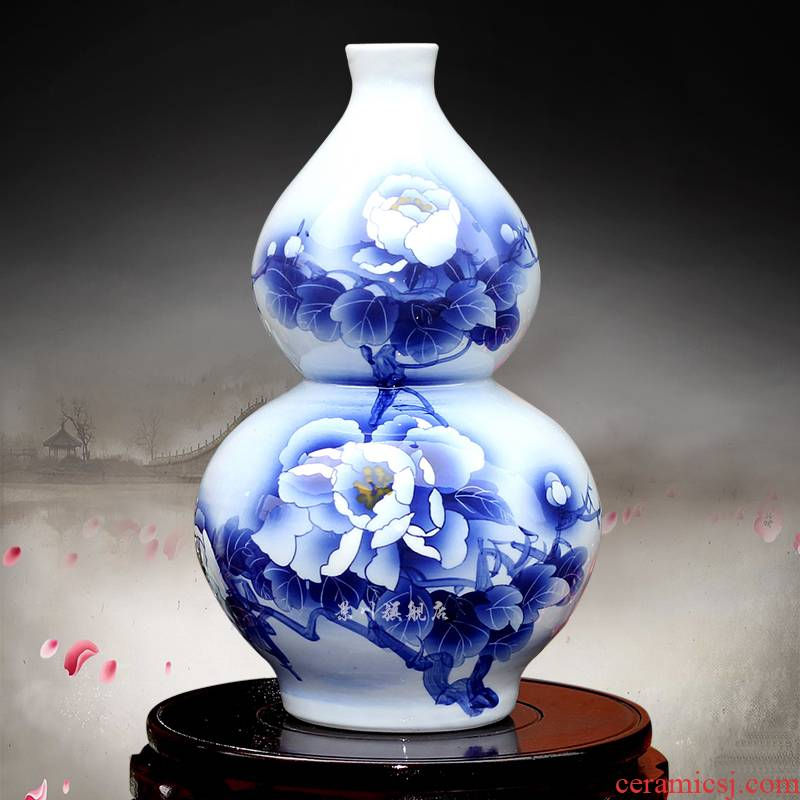 Blue and white peony vases Wu Wenhan hand - made gourd floret bottle of jingdezhen ceramics mesa adornment furnishing articles in the living room
