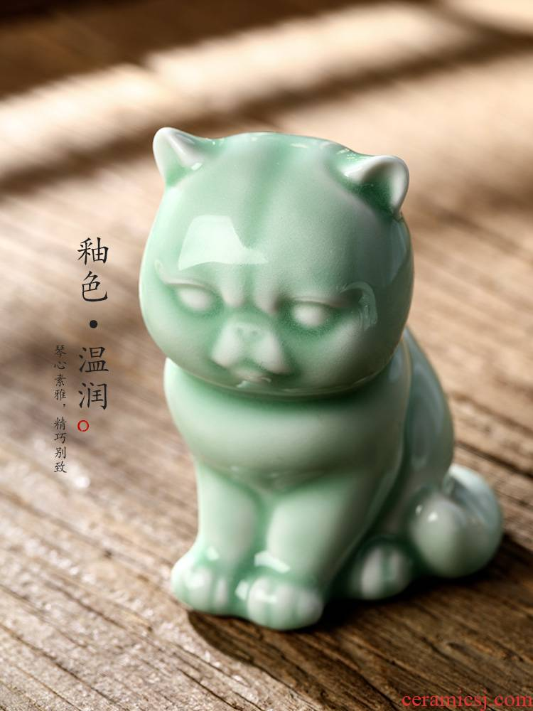 Checking out tea pet furnishing articles boutique jingdezhen ceramic tea worms shadow blue glaze goldfish in plutus cat tea accessories