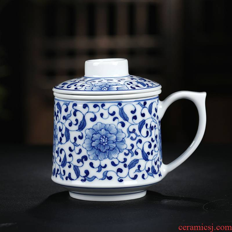 Blue and white porcelain tea cups of tea to separate office cup with cover hand - made glass jingdezhen ceramic filter cups
