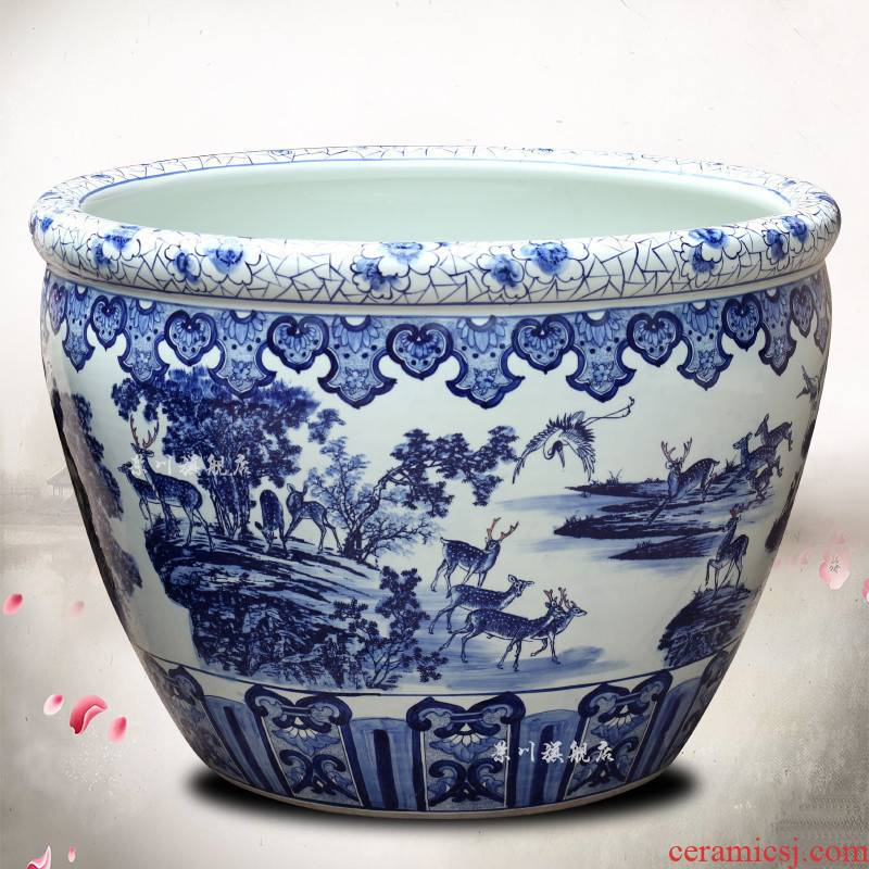 Jingdezhen blue and white porcelain jar ceramic cylinder goldfish bowl water lily LuHe with lotus spring wind tank is suing water tanks