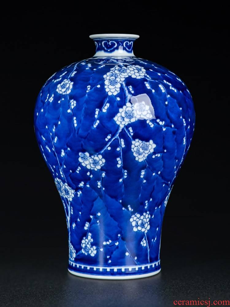 Desk vases, flower arranging large sitting room of jingdezhen blue and white porcelain vase is placed by hand TV ark, adornment