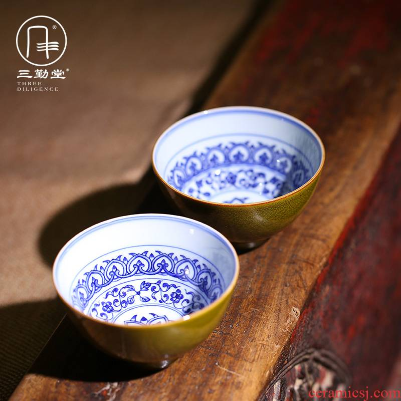 Three frequently hall hand - made master cup tea terms of blue and white porcelain glaze sample tea cup kung fu tea TZS323 ceramic cup