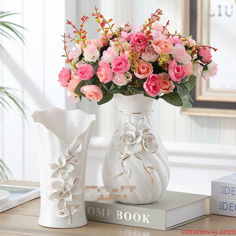 Ceramic vase furnishing articles sitting room flower arranging the Nordic creative contracted white table dry flower decoration American Europe type restoring ancient ways
