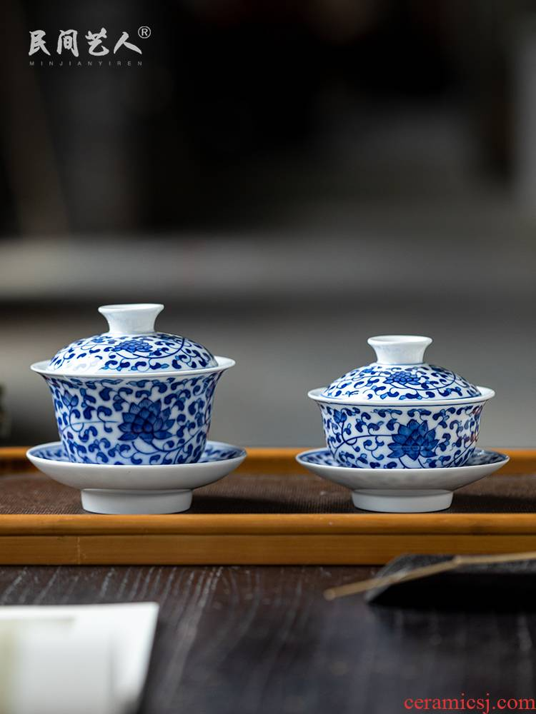 Hand - made tureen jingdezhen ceramic cups three bowl of blue and white only large white porcelain is not new one the individual cups