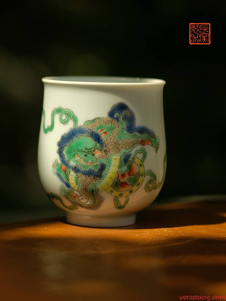 The View flavour offered home - cooked in hand - made colorful lion cup warm heart cup of jingdezhen ceramic sample tea cup tea by hand