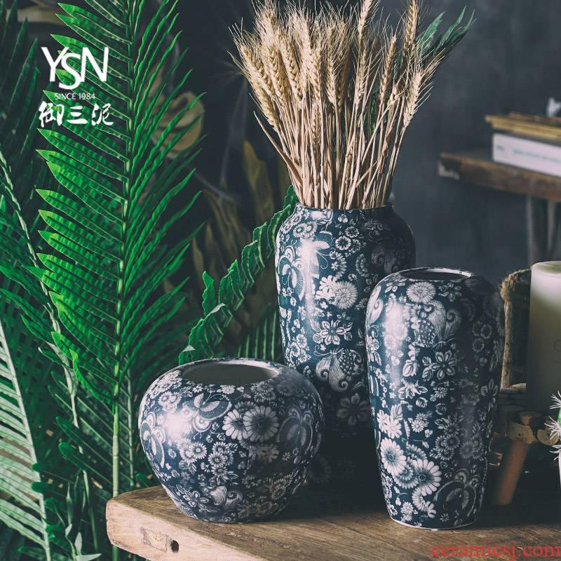 Royal three mud jingdezhen ceramic flower arrangement of Chinese zen sitting room adornment new American new furnishing articles mesa blue and white vase