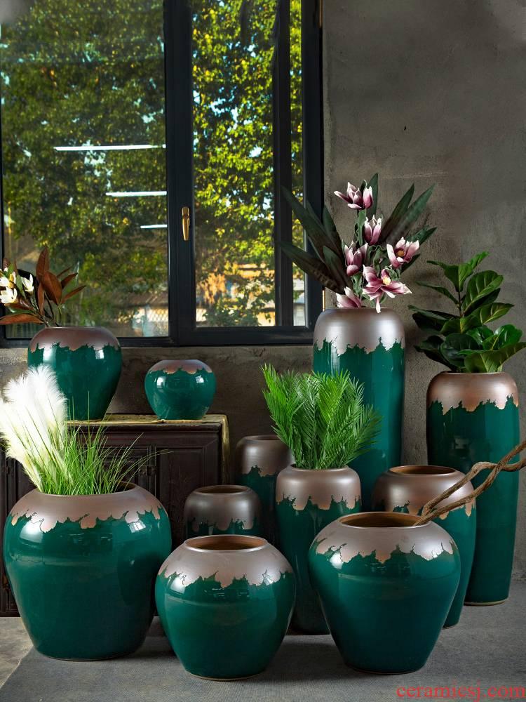 Retro nostalgia of jingdezhen ceramics of large vases, flower arranging place decoration to the hotel villa living room dry flower POTS