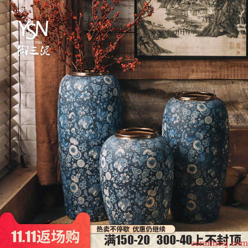 Royal three retro blue and white mud drama props vases, flower implement ground vase archaize ceramic flower implement Chinese wind furnishing articles