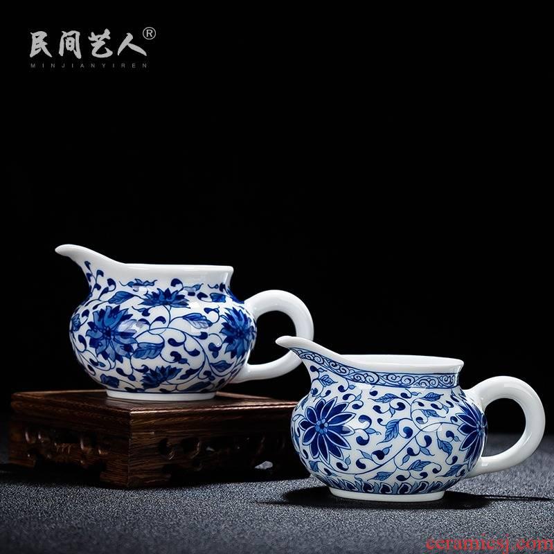 Jingdezhen hand - made ceramic fair keller points around branches of tea ware and thin foetus tea GongDaoBei sea of blue and white porcelain tea set