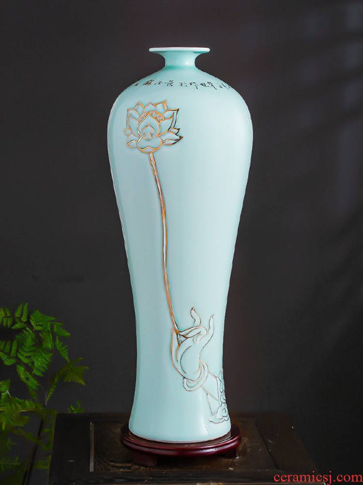 Jingdezhen ceramic vase furnishing articles household act the role ofing is tasted Chinese contracted wine sitting room rich ancient frame masters hand paint