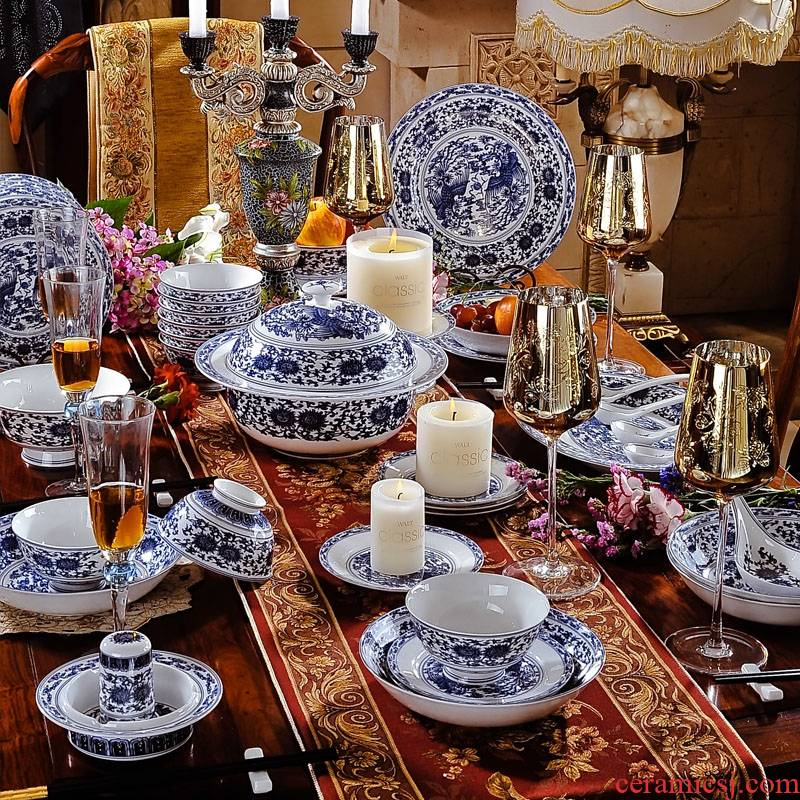 58 head jingdezhen blue and white blue red xin chicken suit ceramic tableware porcelain tableware Korean dishes