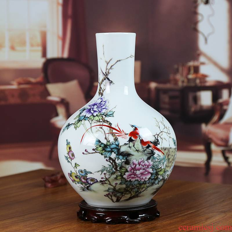 Jingdezhen ceramics powder enamel vase painting of flowers and a bottle of household craft ornaments sitting room housewarming furnishing articles wedding presents