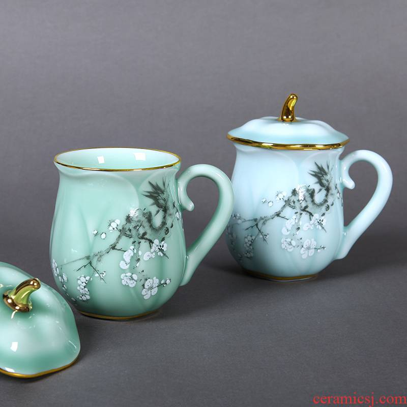 Red xin gold coloured drawing or pattern of jingdezhen ceramic celadon tea cups with cover cup office lady lovers tea cups