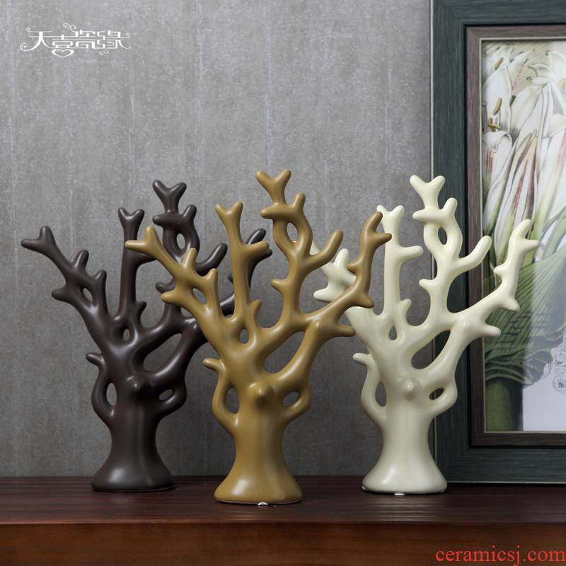 Modern creative Nordic household act the role ofing is tasted furnishing articles sitting room ark, TV ark, wedding gift decoration ceramic arts and crafts
