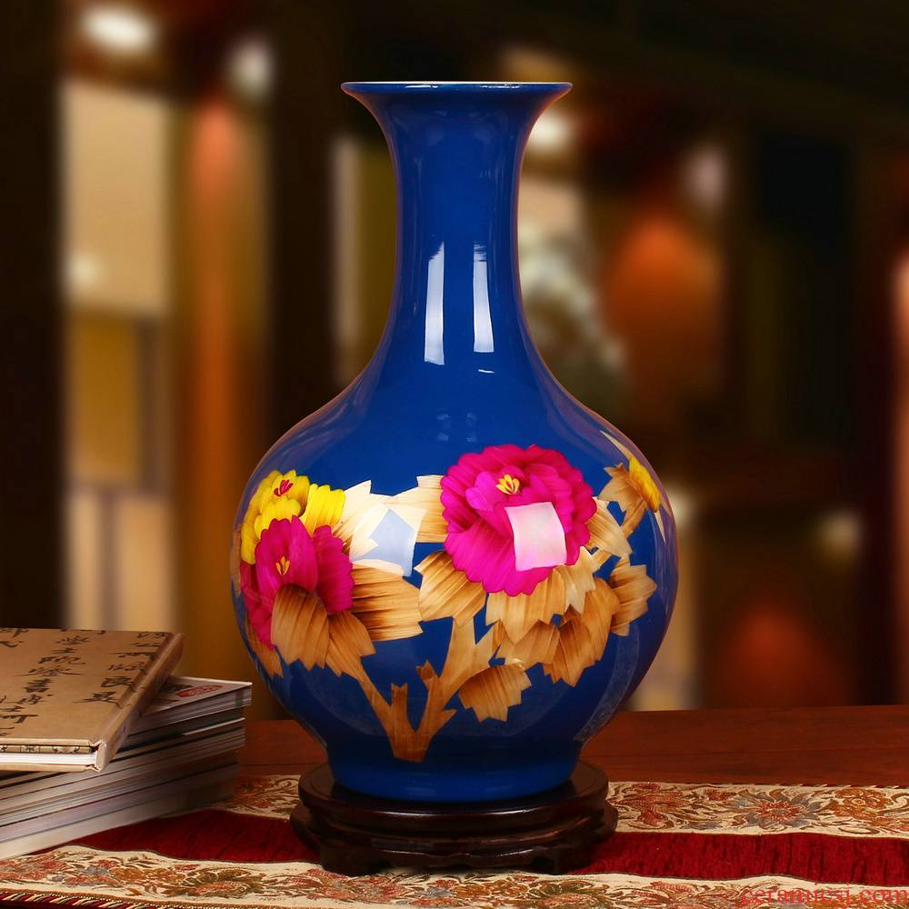 Jingdezhen ceramics high - grade straw to admire the vase peony riches and honour Chinese study adornment handicraft furnishing articles