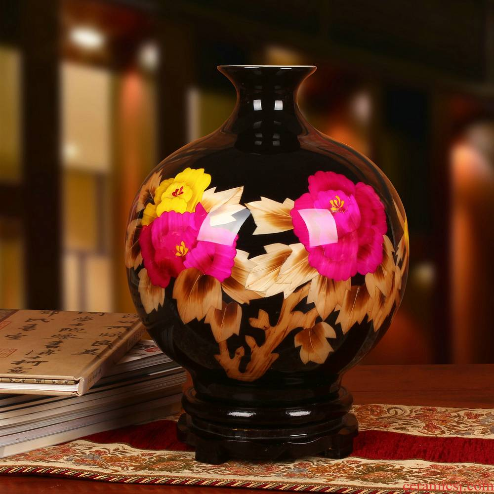 Jingdezhen ceramics modern black straw peony flowers prosperous vase high - end furnishing articles of Chinese style household decoration