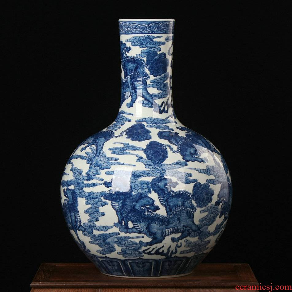 Antique hand - made tree of blue and white porcelain of jingdezhen ceramic kirin 13 Pacific vases, flower crafts