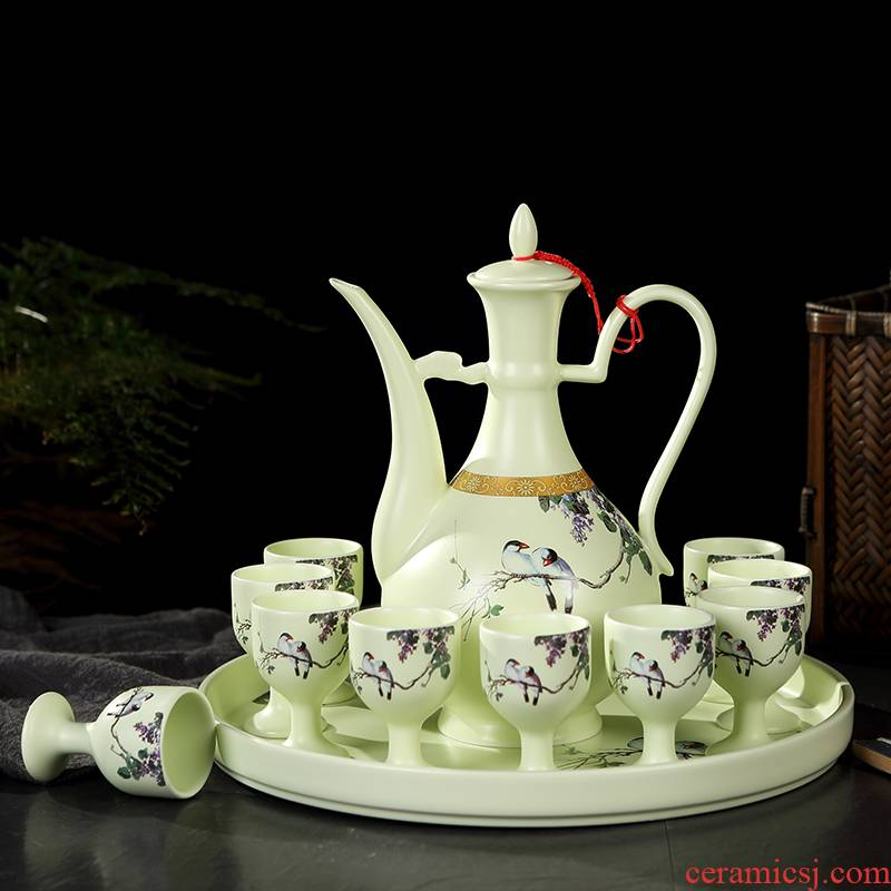 Jingdezhen wine suits for antique Chinese style household ceramic jar of wine and rice wine liquor cup wine creative points