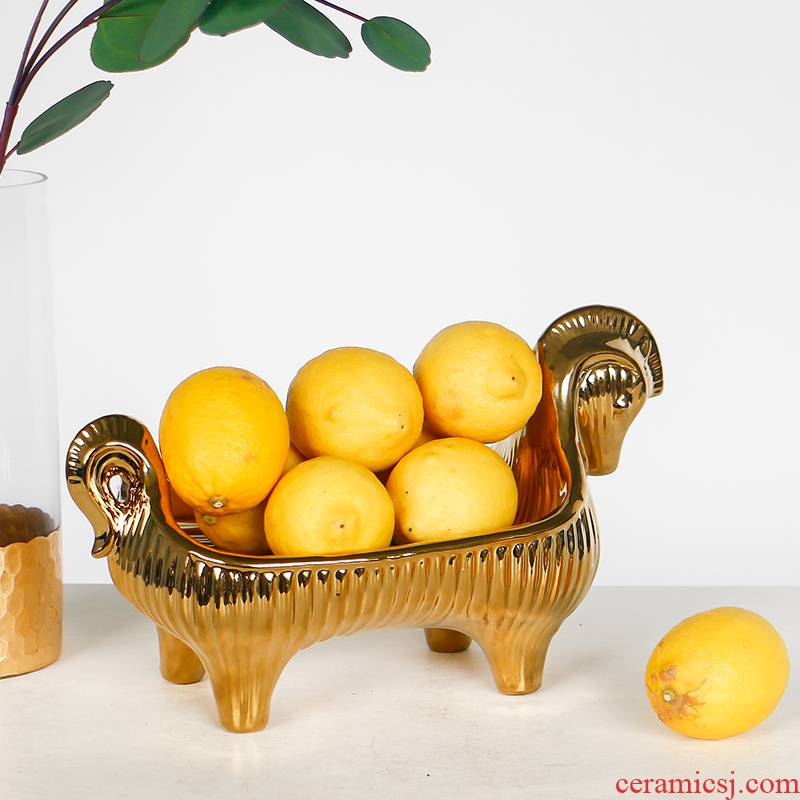 European gold plated ceramic pony receive plate snack tray was modern home sitting room table creative compote
