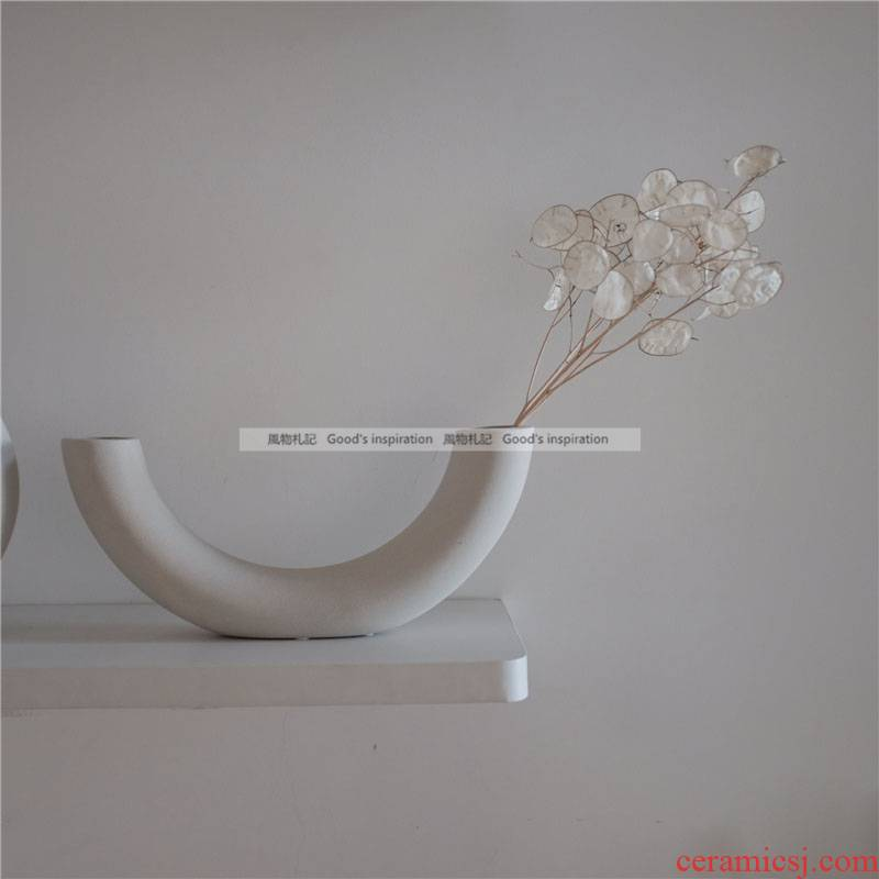 To run all the notes ins minimalist art element embryo ceramic vases, flower implement home studio cafe