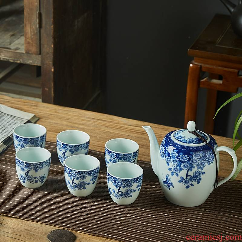 Jingdezhen ceramic tea set big teapot teacup with blue and white porcelain filter blue and white porcelain gift box package