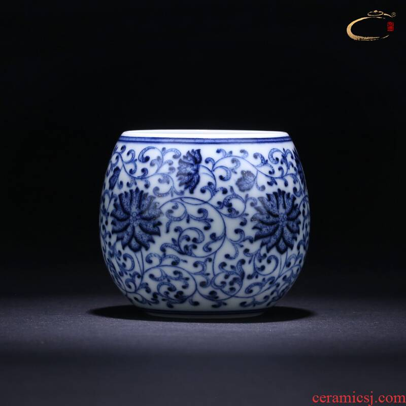 Jingdezhen and auspicious pure manual master cup of blue and white tie up branch lotus cup kung fu tea cup single CPU hand - made sample tea cup
