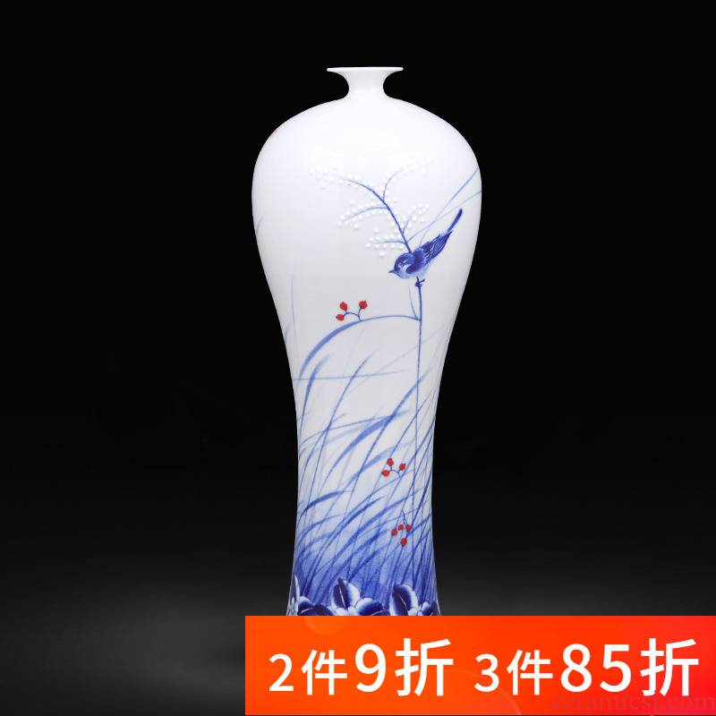 Jingdezhen ceramics buoyant hand - made porcelain vase furnishing articles of Chinese style household living room TV cabinet decoration
