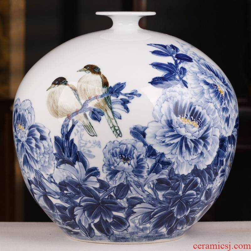 Jingdezhen ceramics famous hand - made furnishing articles sitting room blue and white porcelain vase flower arranging rich ancient frame of Chinese style household gifts