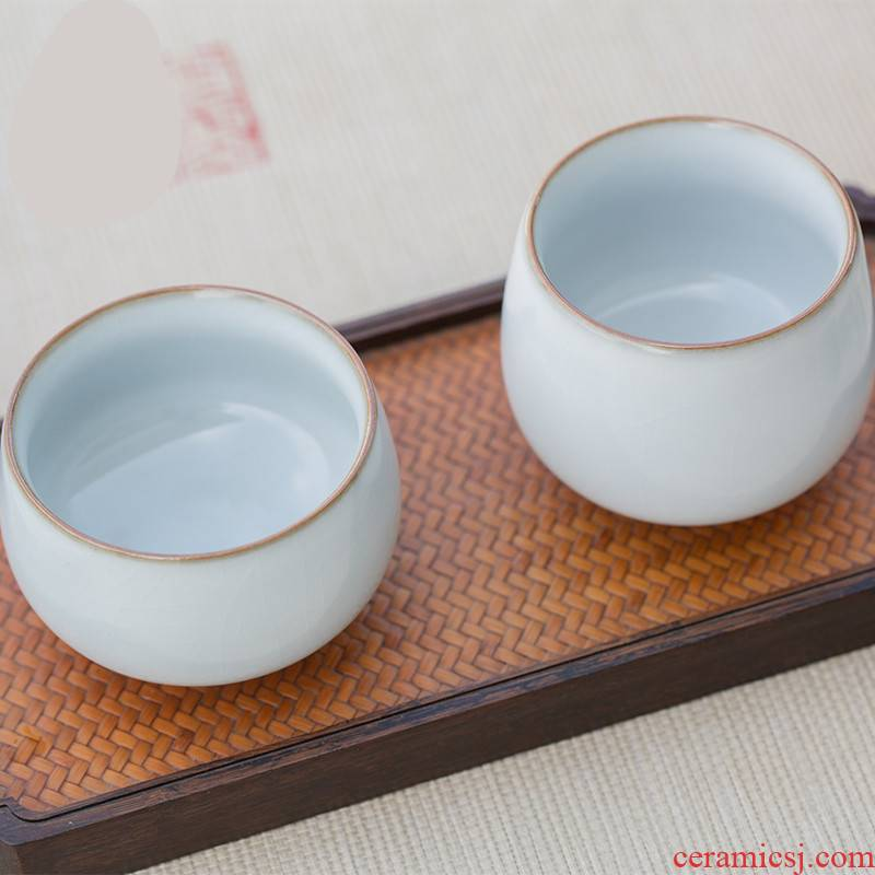. Poly real boutique scene. The new ocean 's your up cup balls cup sample tea cup master cup single CPU ruzhou your porcelain piece