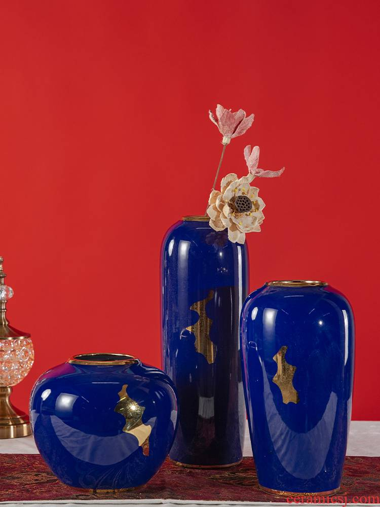 Jingdezhen ceramic small and pure and fresh flower arranging flower bottles of the sitting room TV ark, hotel home decoration handicraft furnishing articles