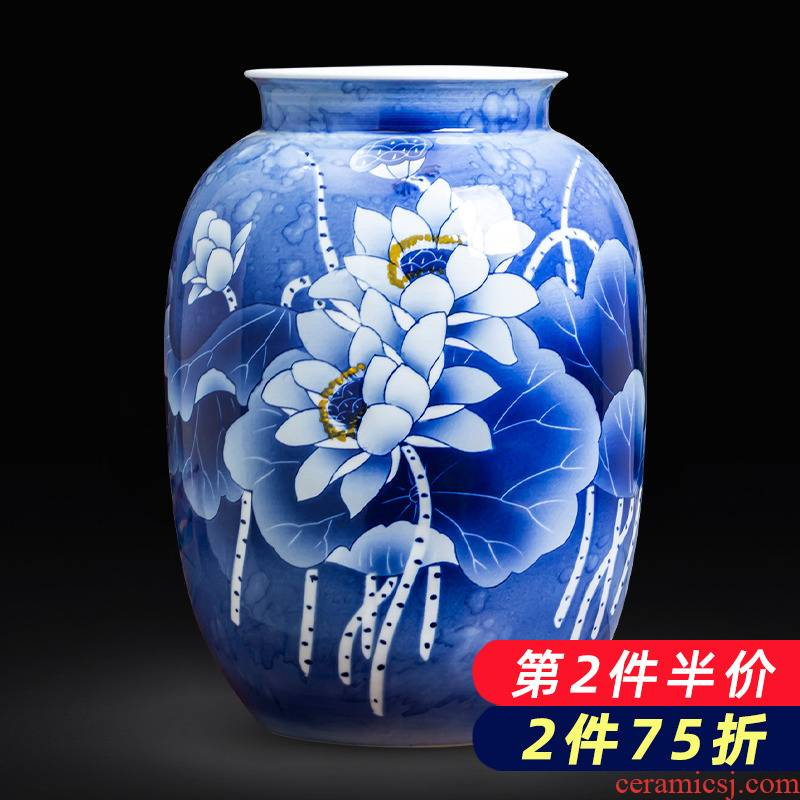 Jingdezhen porcelain ceramic hand - made of blue and white porcelain vase Chinese flower arranging place to live in the living room TV cabinet decoration