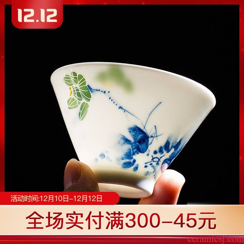 Folk artists hand - made lotus bucket color blue and white thin body perfectly playable cup of jingdezhen ceramic tea cup master single CPU