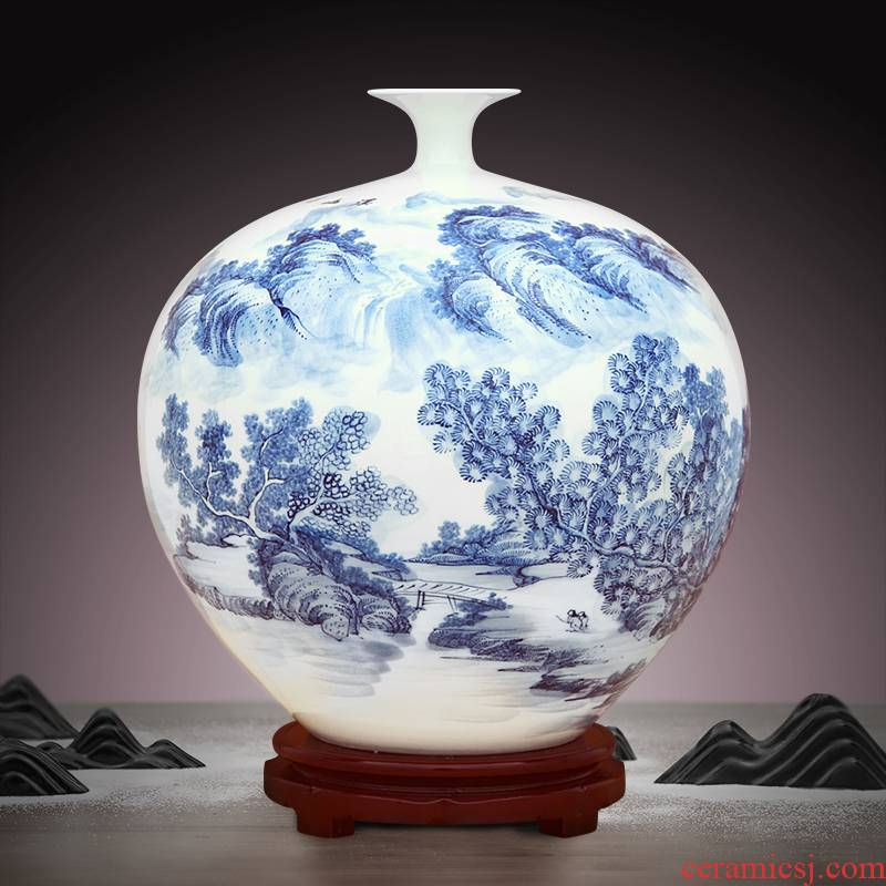 To hand - made porcelain industry of jingdezhen ceramic vase green flower brook hill friends pomegranate bottles
