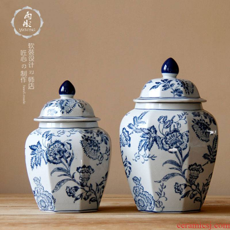 The General hand - made bound branch pattern of blue and white porcelain octagon can of jingdezhen ceramic furnishing articles antique decoration storage tank