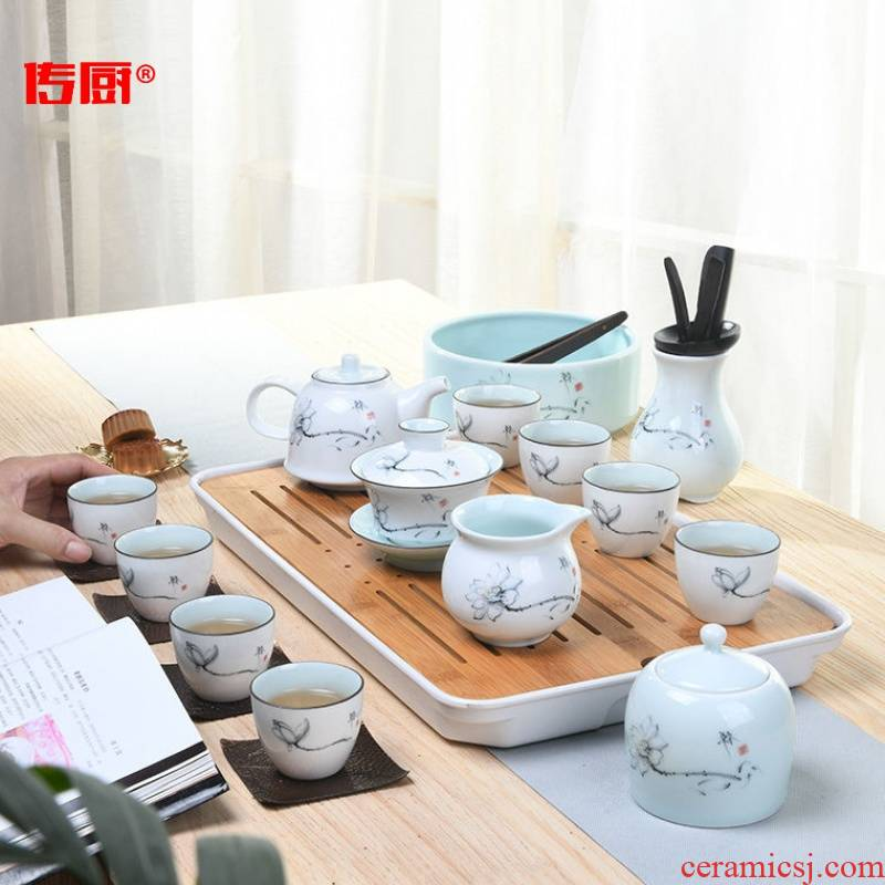 The Japanese kitchen teapot tea suit household contracted office modern small white porcelain tea zen kung fu tea set