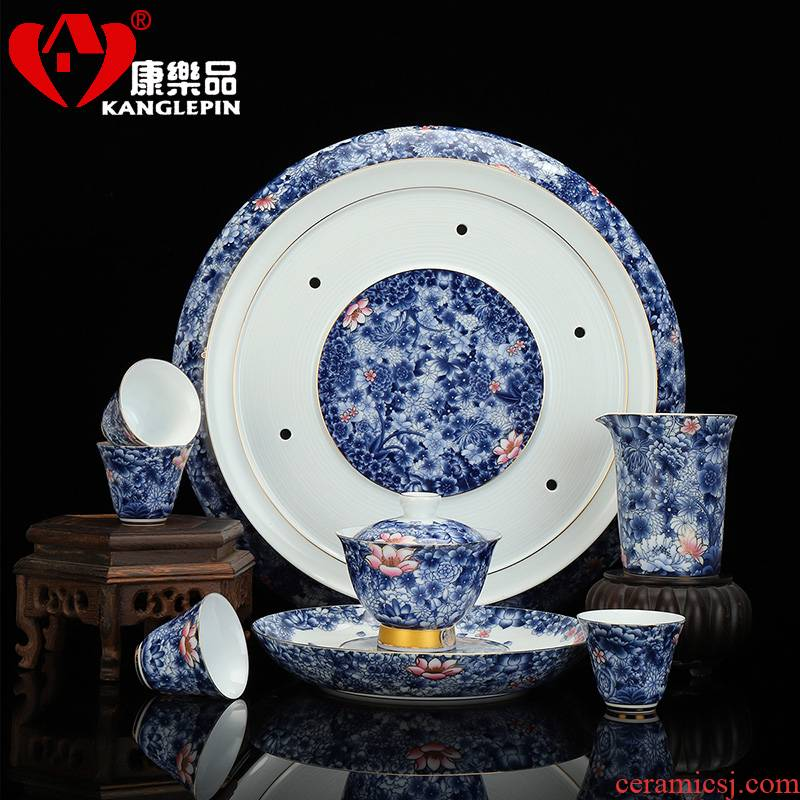 Recreational product powder enamel see colour of a complete set of ceramic tea set against the very hot kung fu tea set Chinese blue and white porcelain cup home