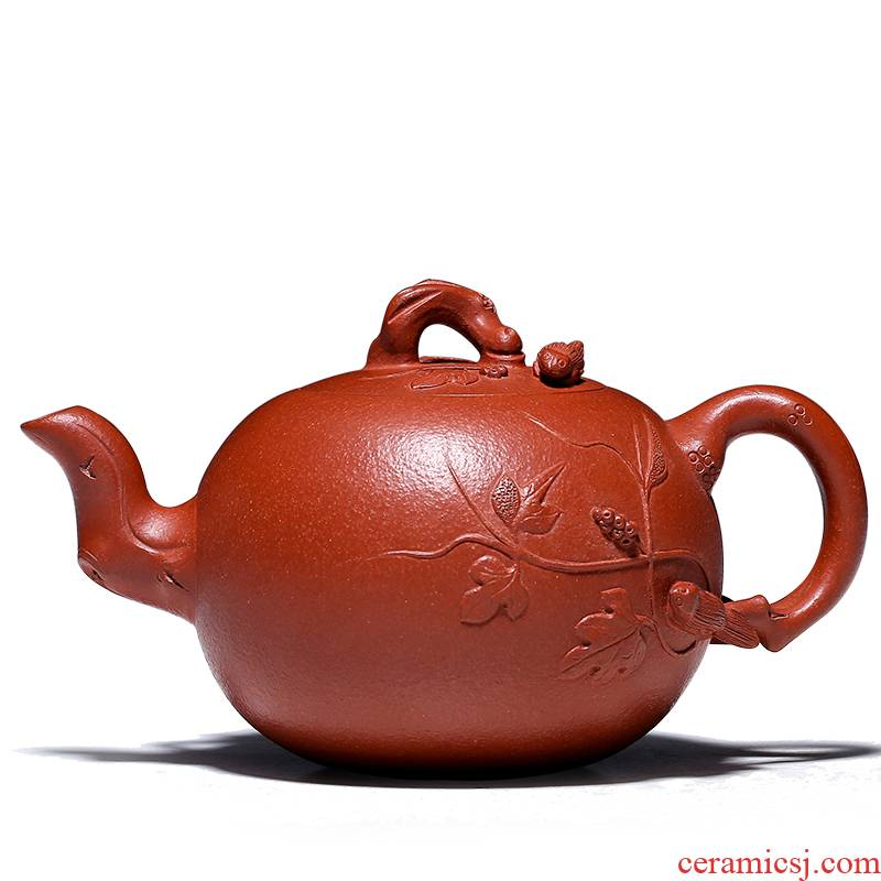 Shadow at yixing famous pure manual it technicians collect flowers goods zhu mud squirrel grape GY the teapot