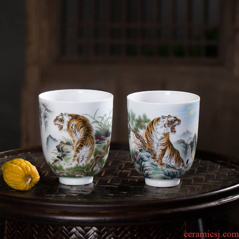 Owl up jingdezhen premium collection and play fragrance - smelling cup kung fu tea set tiger tiger phase wei tea cups