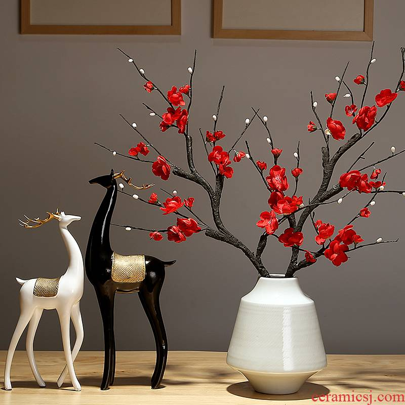 Jingdezhen ceramic dry flower vase furnishing articles table sitting room adornment creative decoration television wine home arranging flowers