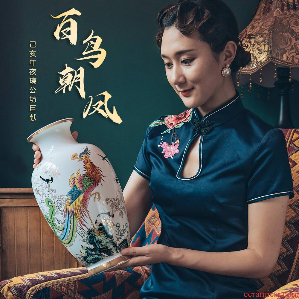 Jingdezhen ceramics vase Chinese style restoring ancient ways is arranging flowers and birds pay homage to the king wen home sitting room TV ark, furnishing articles