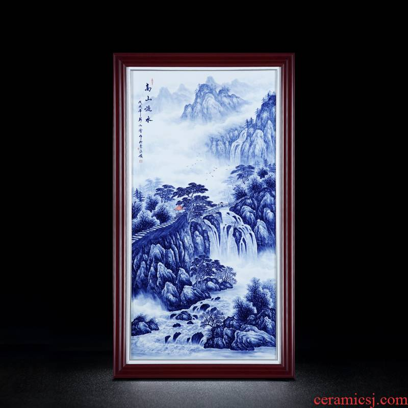 Jingdezhen porcelain plate painting hand Chinese blue and white porcelain plate long stream water painting the sitting room metope adornment household decoration