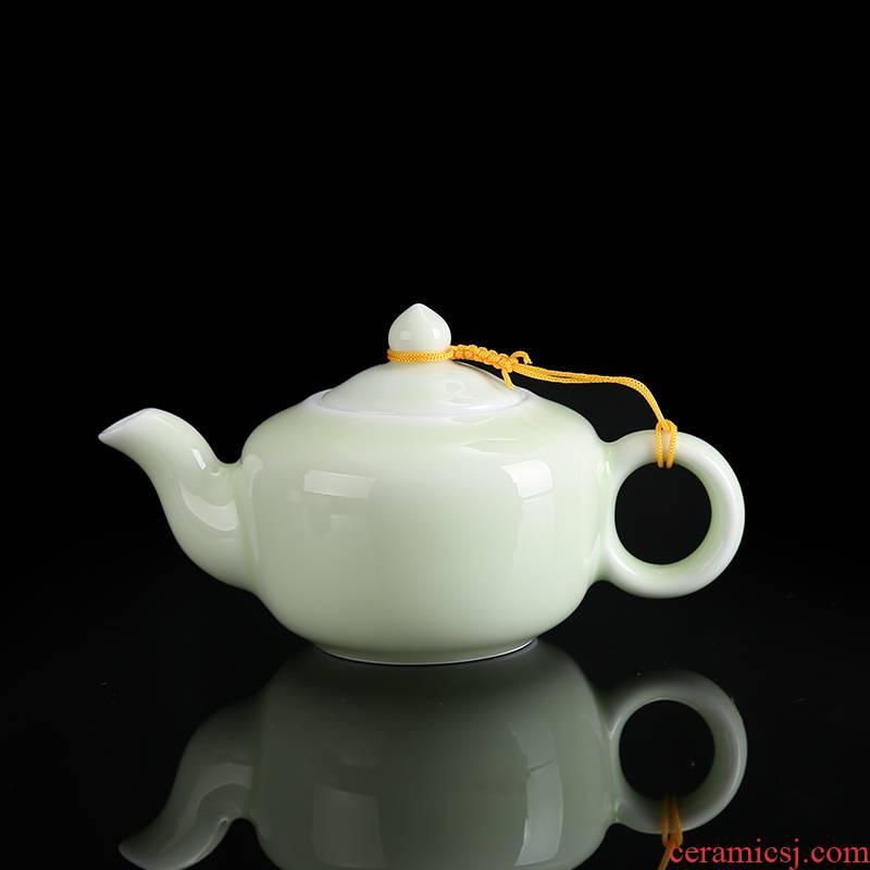 Jingdezhen ceramic teapot celadon teapot pea green glaze kung fu home put the pot of single pot of tea sets accessories side