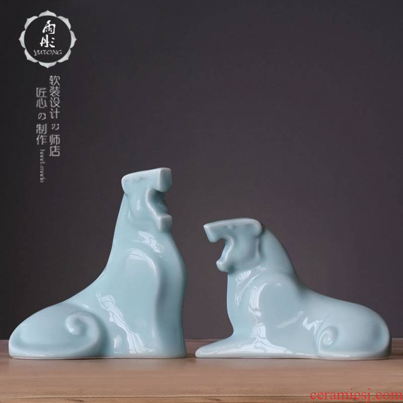 Jingdezhen ceramic shadow green soft adornment style ceramic lion home furnishing articles household ceramics to the lion