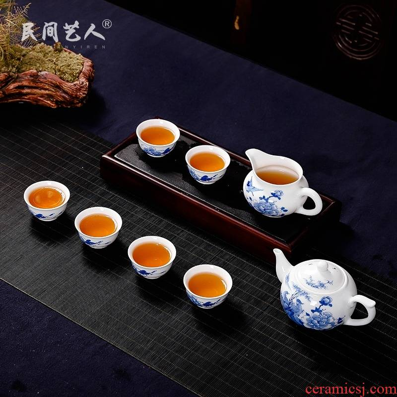 Blue and white hand work suit masters cup of jingdezhen ceramic kung fu tea cups sample tea cup pure manual single CPU