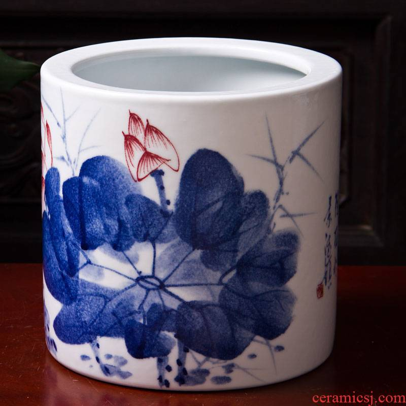 Blue and white porcelain of jingdezhen ceramics study four calligraphy brush Blue and white lotus brush pot home decoration products