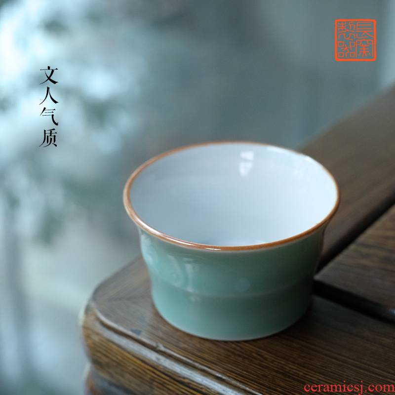 Offered home - cooked pea green glaze in short the bell cup lie fa cup water chestnut cup bowl of jingdezhen ceramic tea set sample tea cup